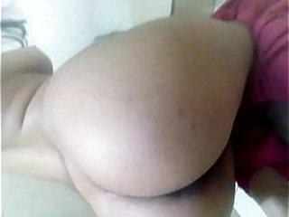Paki gashti gf showing ass to bf, big sexy ass