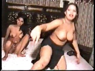 Sexy Mujra