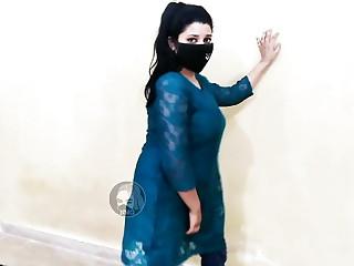 Kothy Uty Suti San full sexy mujra dance on saba pakistani