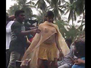 Desi group ka dance