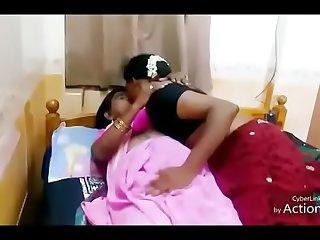 Desi aunty Hot Lesbian
